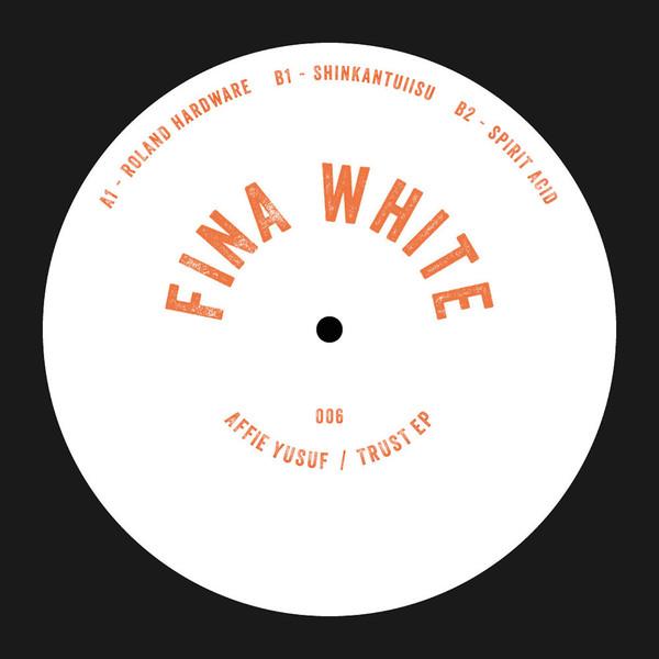 Finawhite006