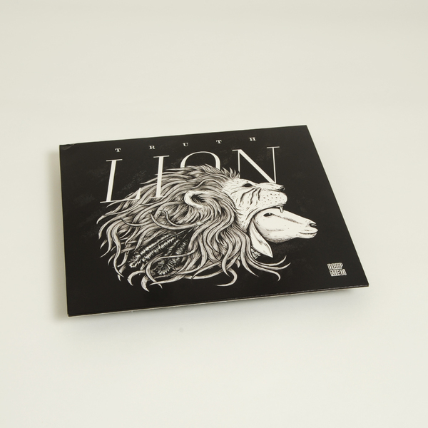 Lion f