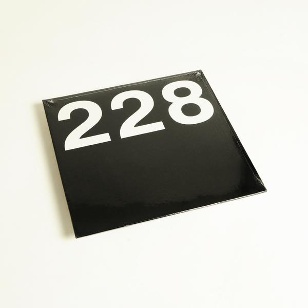 E228 f