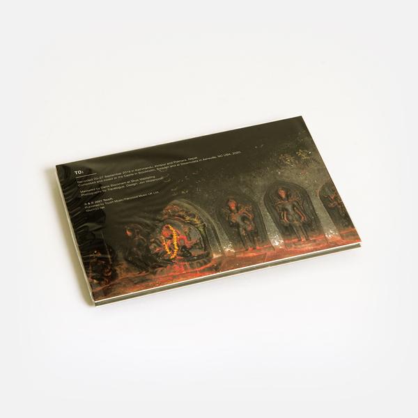 Travel cd b